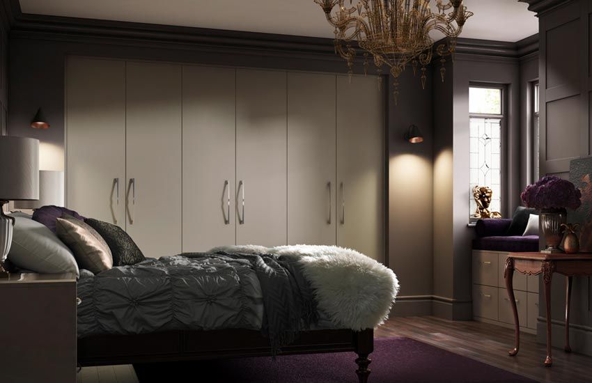 Cosy bedroom with plum features