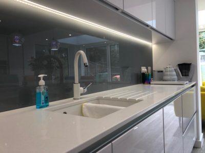 white sparkly kitchen worktop